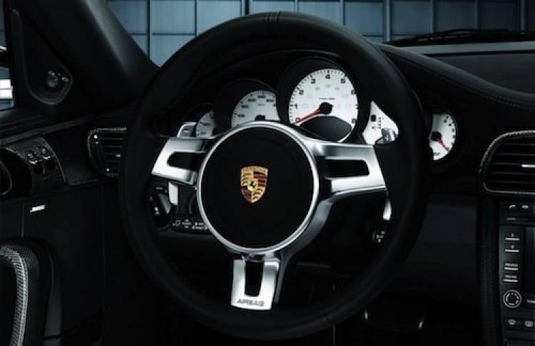 Volante nuevo para el Porsche 911