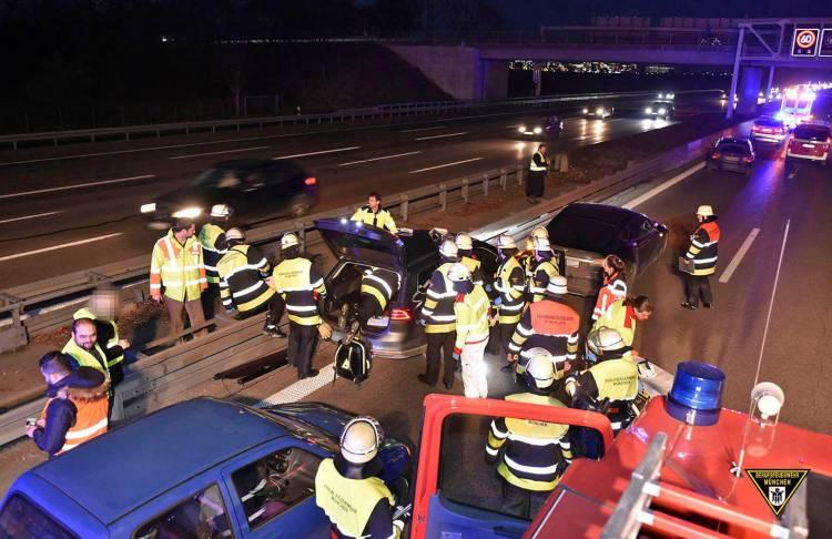 accidente-tesla-model-s-volkswagen-passat-02