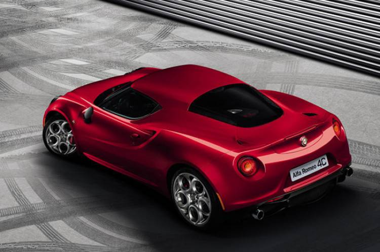 Sólo los concesionarios seleccionados comercializarán el Alfa Romeo 4C