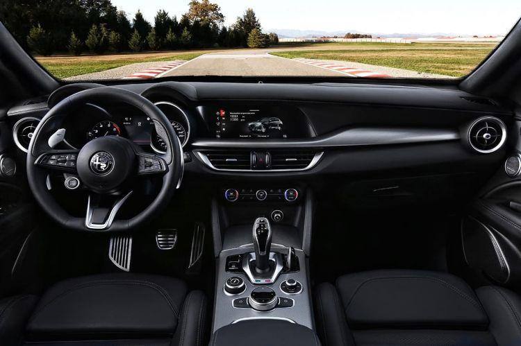 Alfa Romeo Stelvio 2020 0120 012