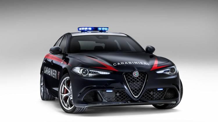 alfa-romero-giulia-carabinieri-2016-06