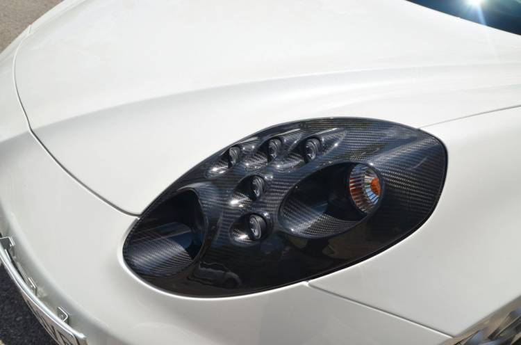 faro del Alfa Romeo 4C