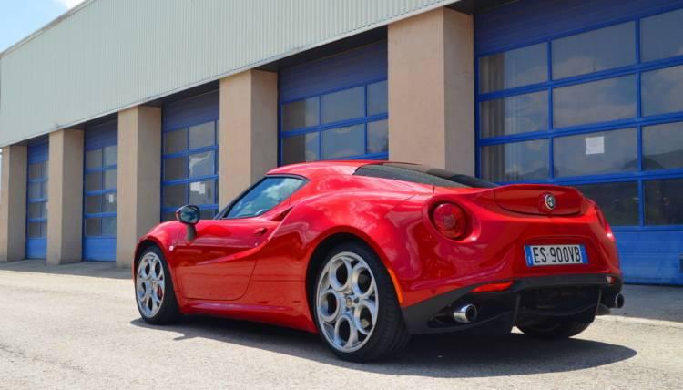 Vista trasera del Alfa Romeo 4C
