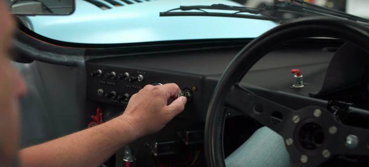 Arrancar Porsche 917 Proceso
