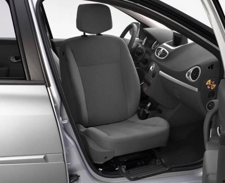 Asiento pivotante de copiloto, ahora en el Renault Clio