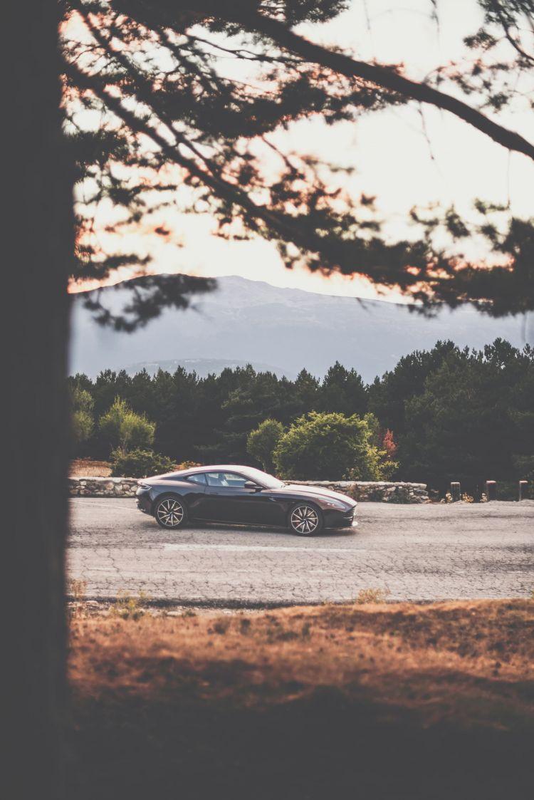 Aston Martin Db 11 Dm 24
