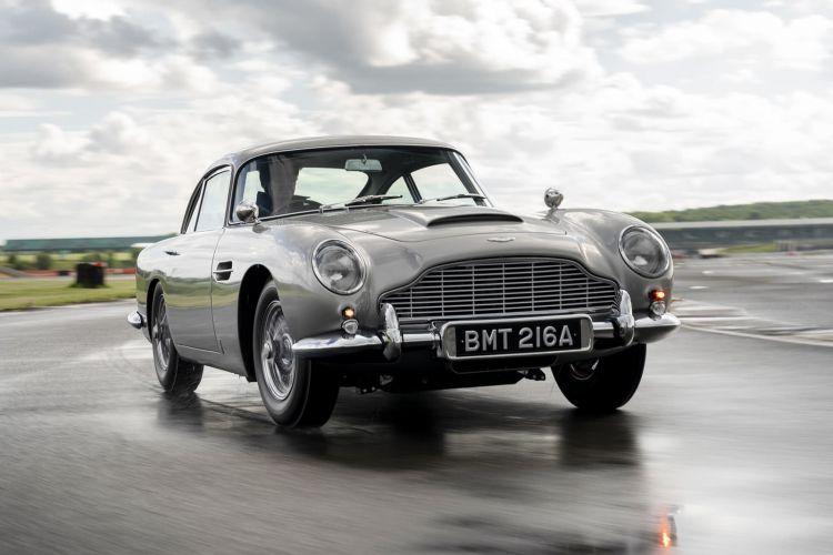 Aston Martin Db5 Continuation James Bond 0720 002