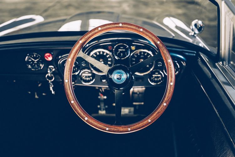 Aston Martin Db5 Junior 007 11