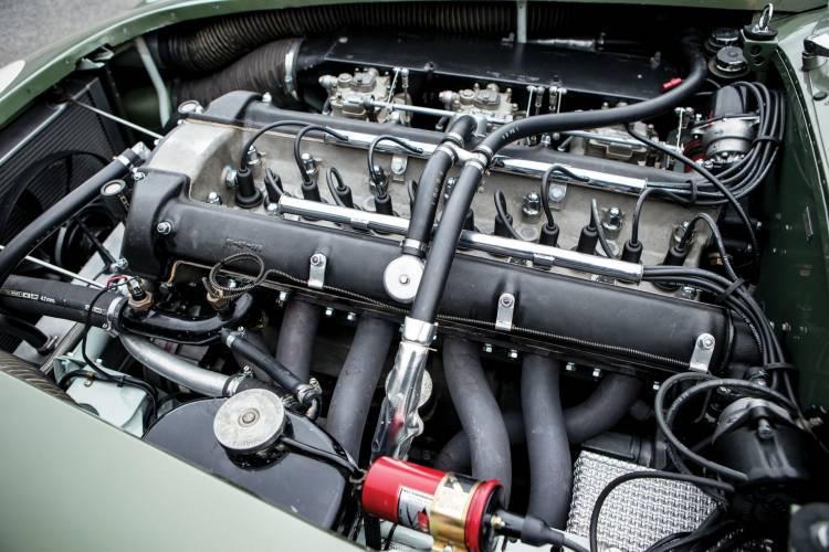 Aston Martin Dp215 17