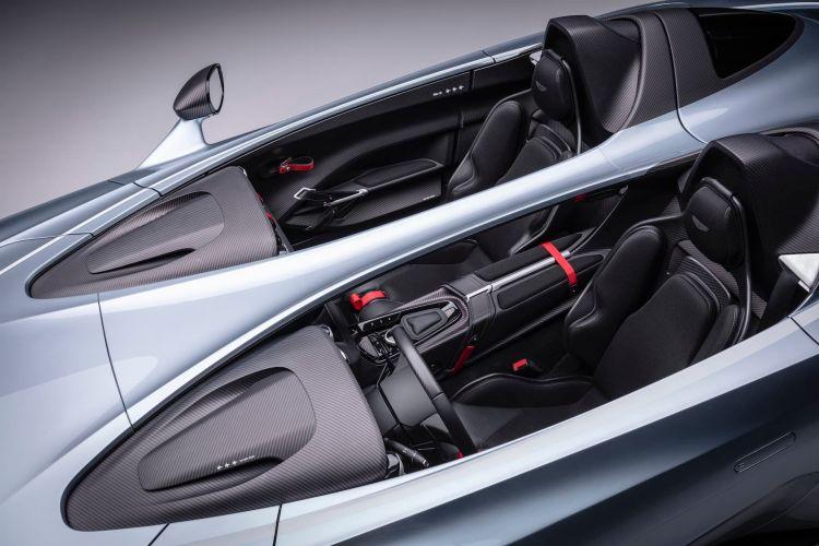 Aston Martin V12 Speedster 12