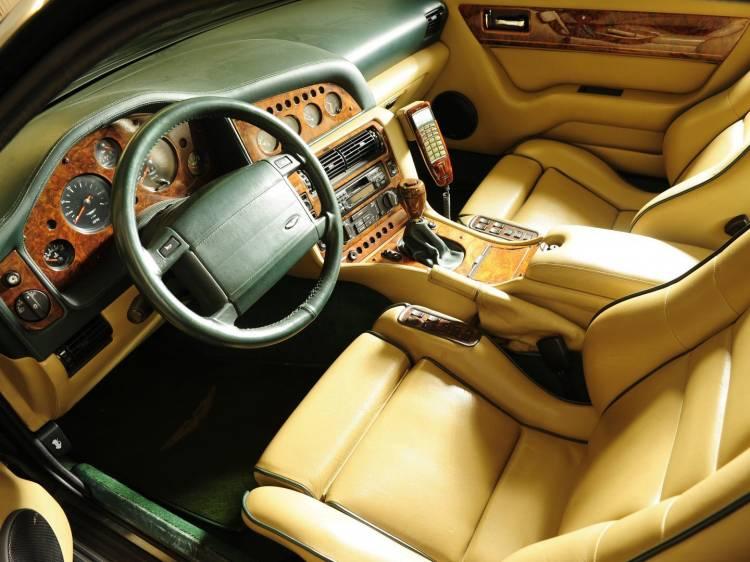 Aston Martin V600 Le Mans 8