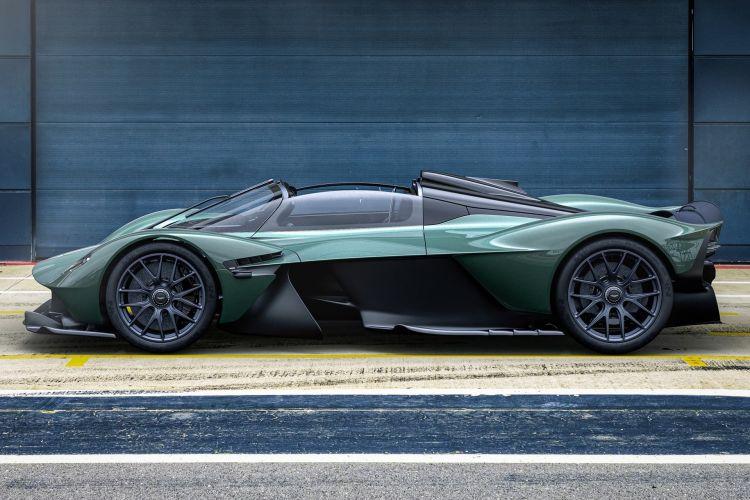 Aston Martin Valkyrie Spider 2022 0821 002