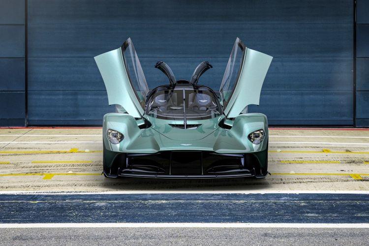 Aston Martin Valkyrie Spider 2022 0821 003