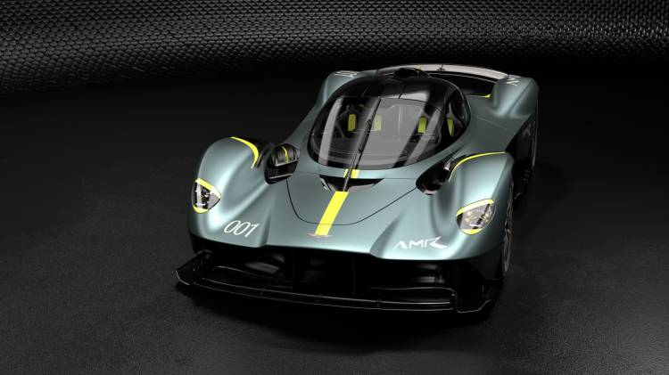 Aston Martin Valkyrie With Amr Track Performance Pack Stirling Green And Lime Livery 1