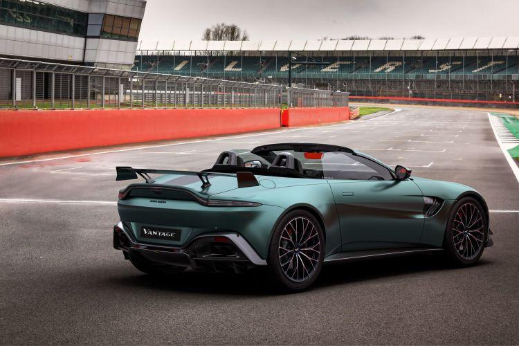 Aston Martin Vantage F1 Edition 3