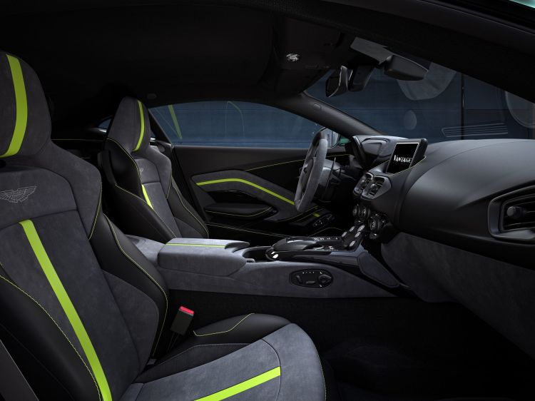 Aston Martin Vantage F1 Edition 6