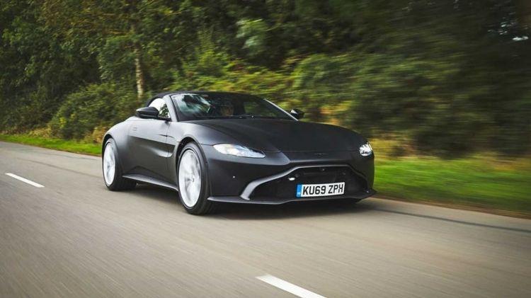 Aston Martin Vantage Volante 1019 004