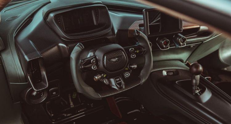 Aston Martin Victor 2021 0820 027