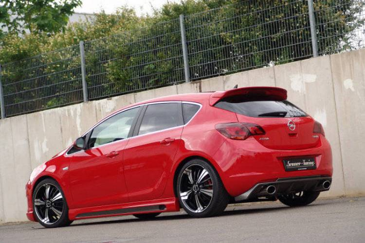 Opel Astra por Senner