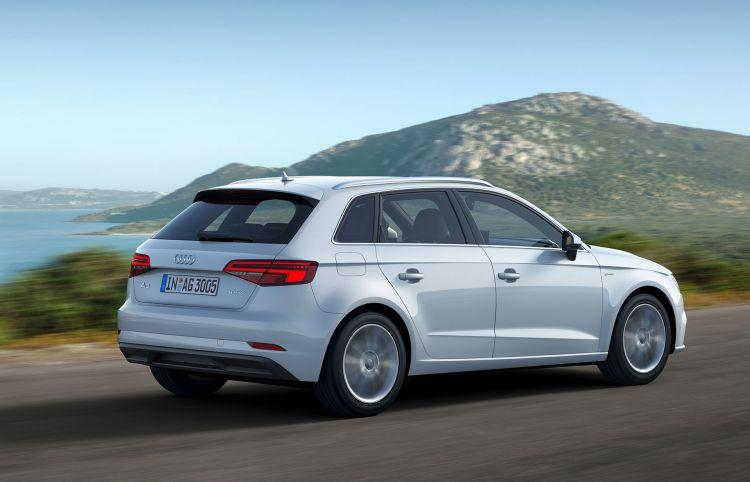 Audi A3 G Tron 2019 Blanco 09