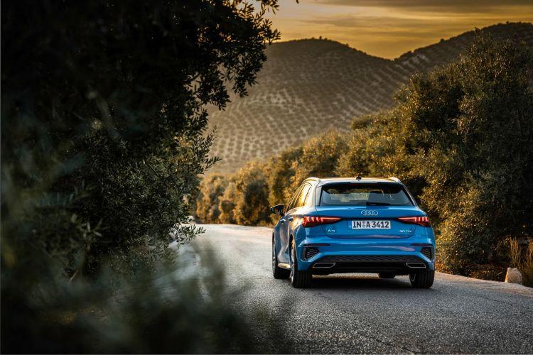 Audi A3 Sportback 2020 Azul Turbo Exterior 60