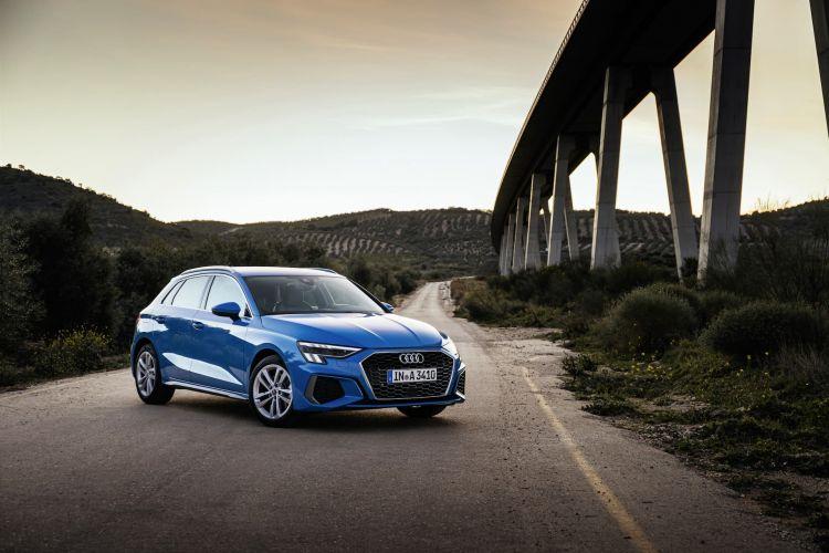 Audi A3 Sportback 2020 Azul Turbo Exterior 65