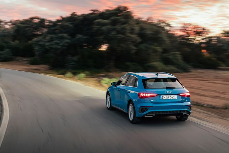 Audi A3 Sportback 2020 Azul Turbo Exterior 82
