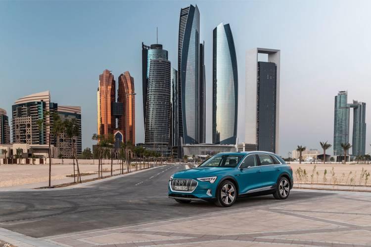 Audi E Tron 2019 Coche Electrico Sociedad