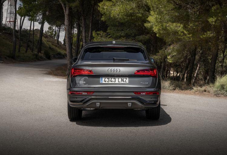 Audi Q5 Sportback Contacto 028