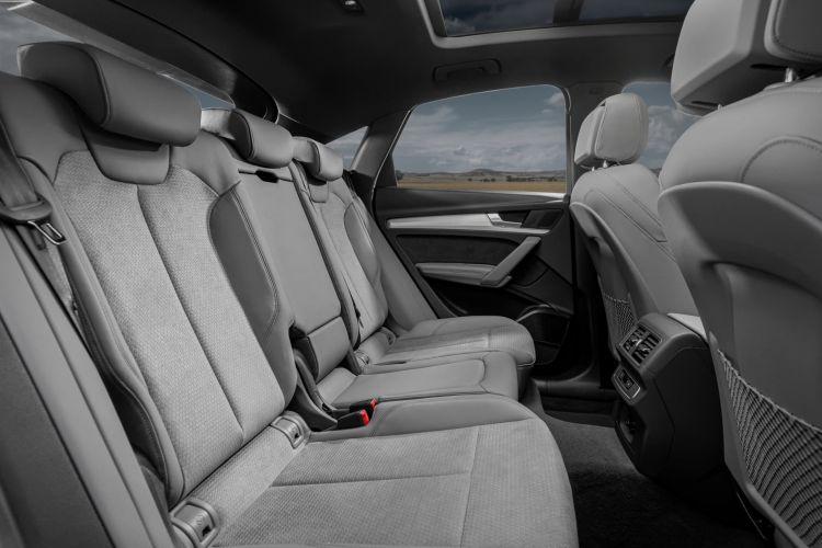 Audi Q5 Sportback Contacto 037