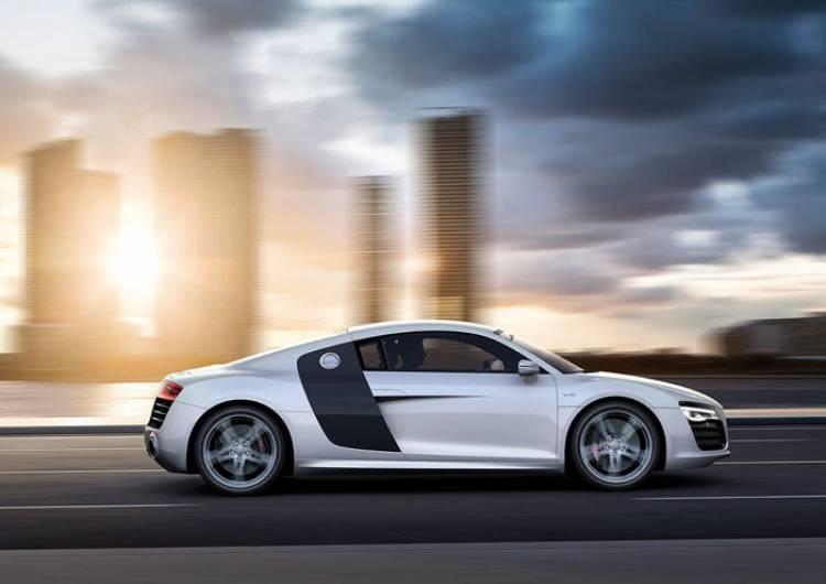 Audi podría estar valorando un R10 con tecnología diésel híbrida