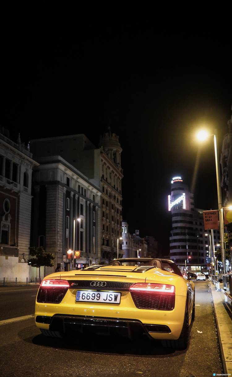 audi-r8-gran-via-madrid-mdm