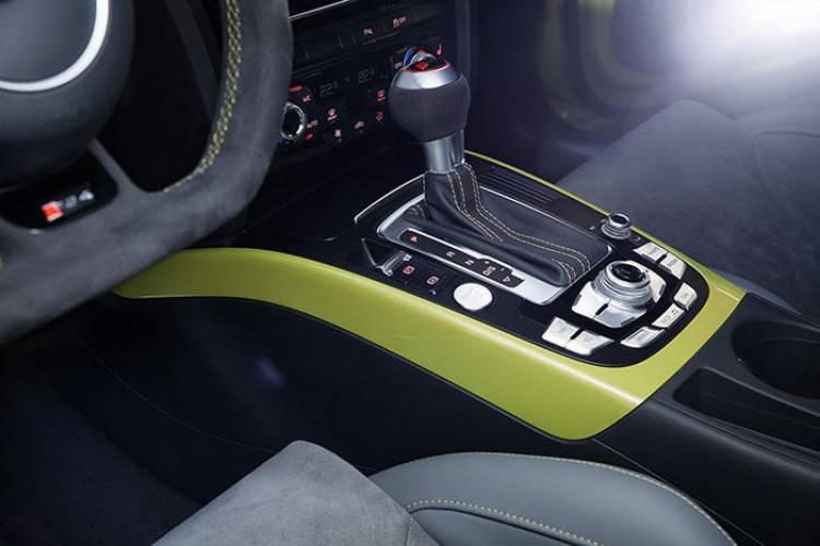 Audi RS4 Avant verde