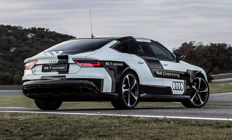 Audi RS7 autónomo