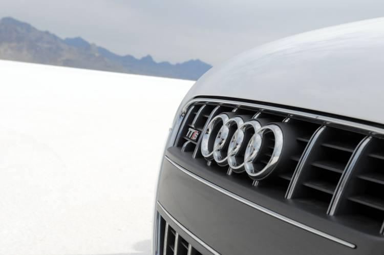 "VAIL Audi TT-S ""Shelley"""