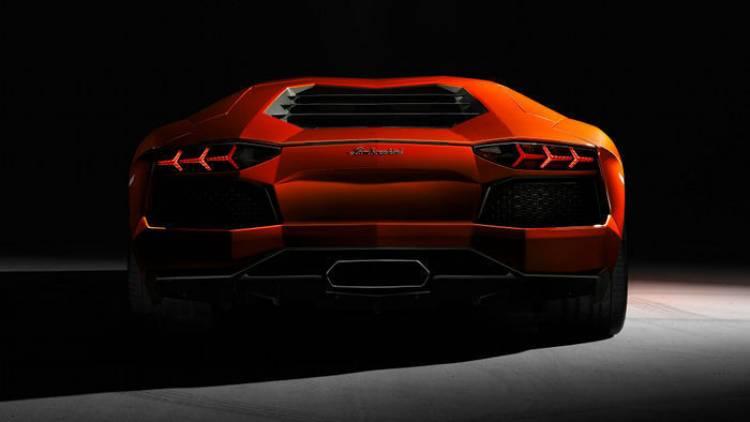 Lamborghini podría estar valorando la llegada de un Aventador GT tras el Aventador Roadster