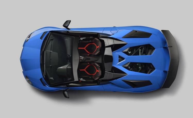 aventador-sv-roadster-4