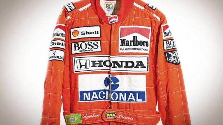 El mono de competición de Ayrton Senna, subastado por 54.000 dólares