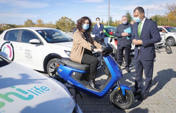 Ayuso Moto Electrica Carsharing Motosharin