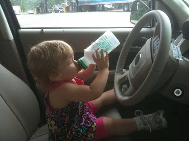 Bebiendo al volante