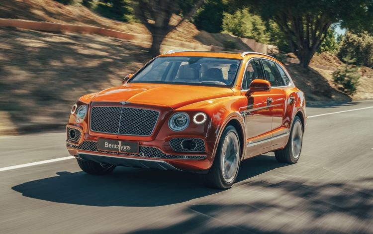 Bentley Bentayga Hybrid 1019 005