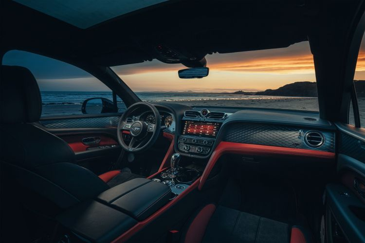 Bentley Bentayga S 2021 8