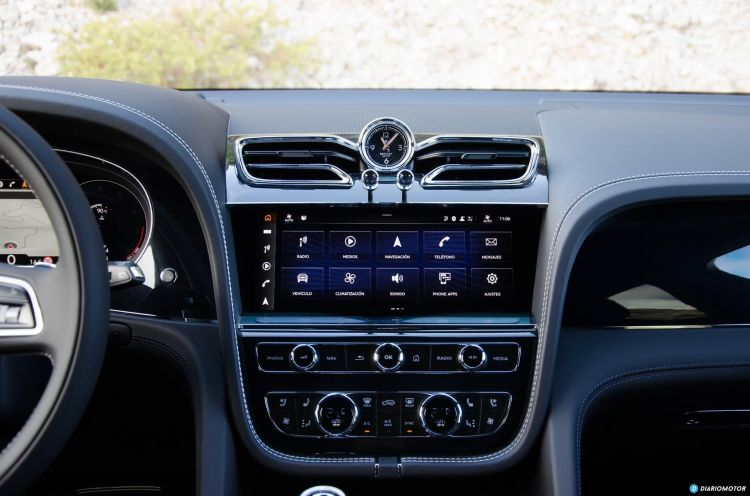 Bentley Bentayga V8 2021 0321 032 Pantalla Delantera