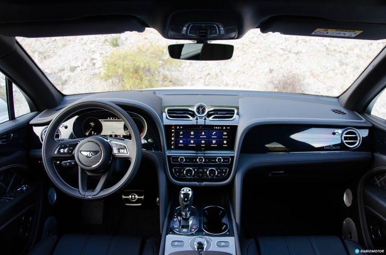 Bentley Bentayga V8 2021 0321 033 Interior Salpicadero