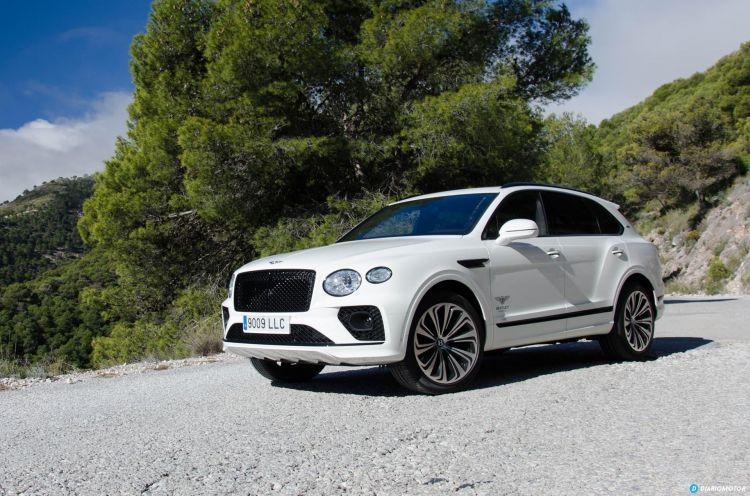 Bentley Bentayga V8 2021 0321 053