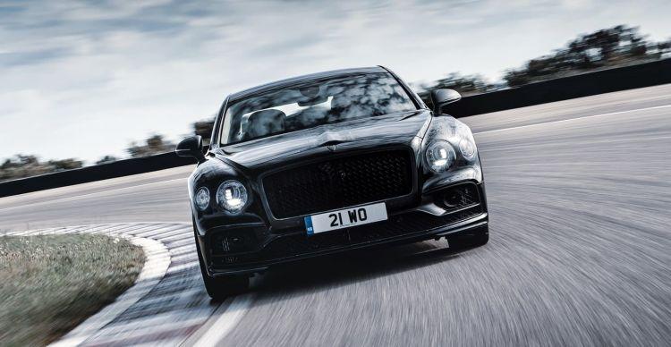 Bentley Flying Spur 2019 0519 01