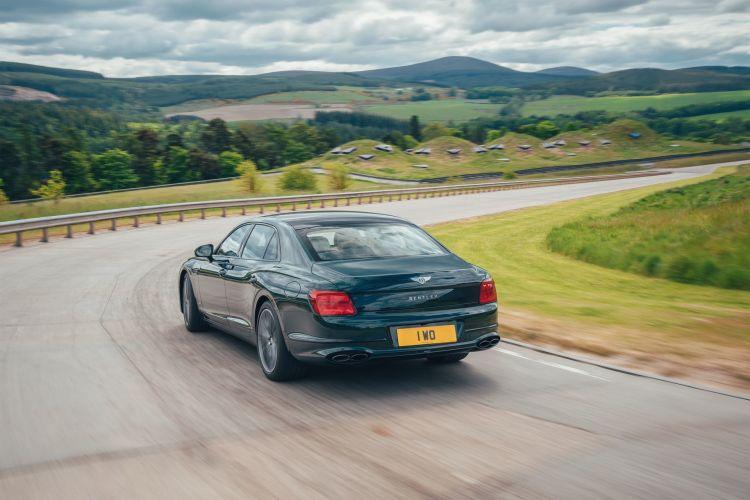 Bentley Flying Spur Hybrid 2022 9