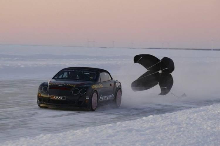 Bentley vuelve a superar el récord de velocidad sobre hielo