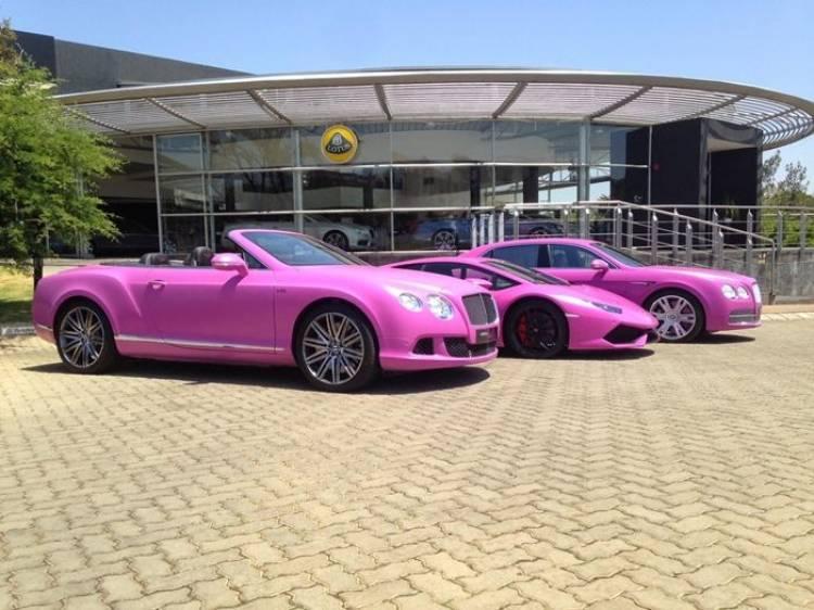 Lamborghini y Bentley se pasan al rosa, pero lo hacen por una buena causa