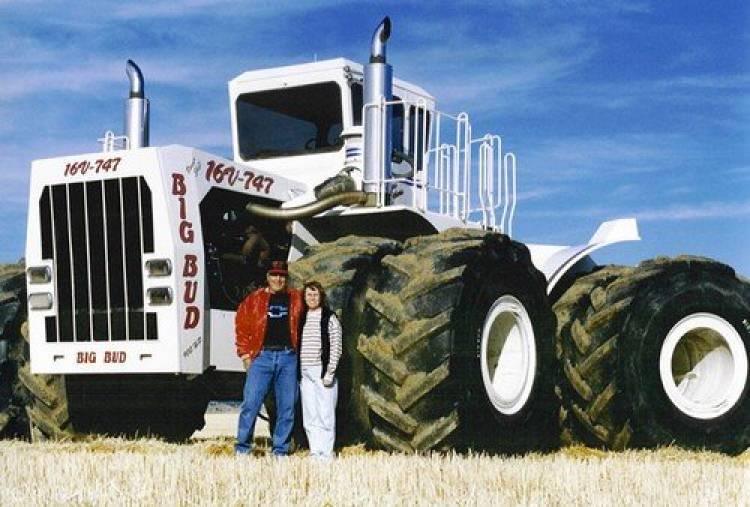Big Bud 16V-747, el tractor agrícola más grande del mundo